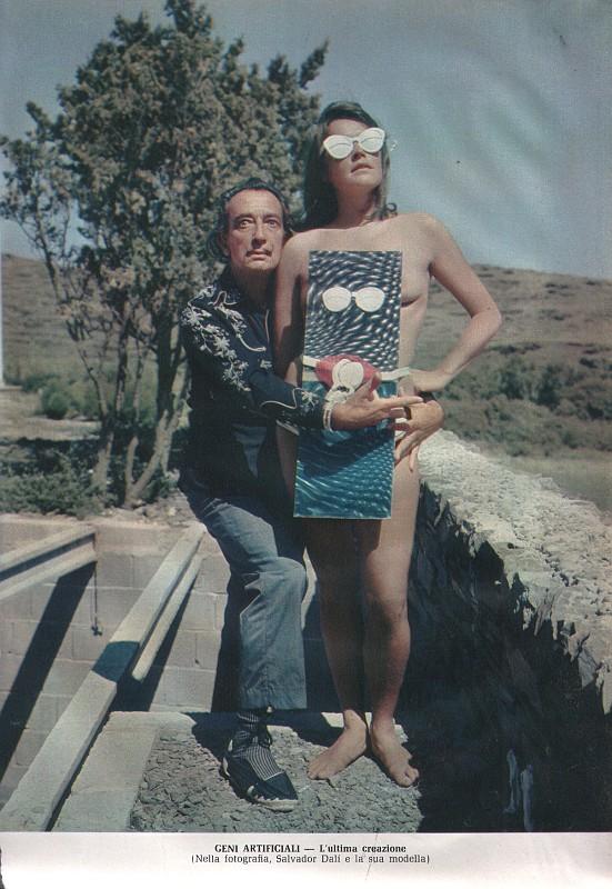 Il borghese anno 1972 il genio e la sua ultima creazione for La sua e la sua costruzione